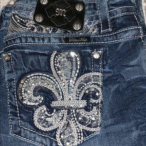 New miss me jeans. 31 Slim boot cut.